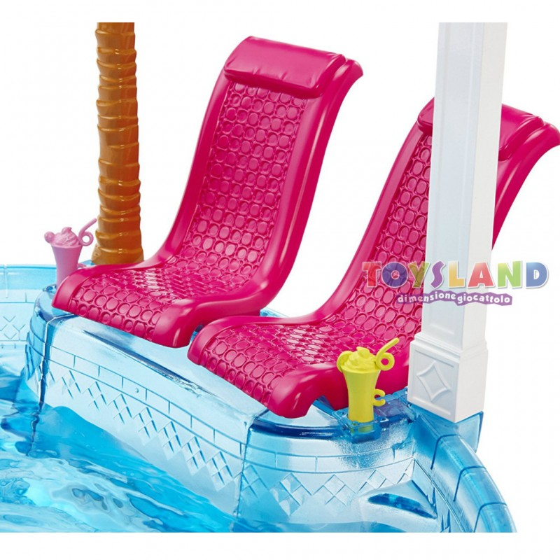 Barbie piscina glam pool per un tuffo rinfrescante con for Piscina di barbie